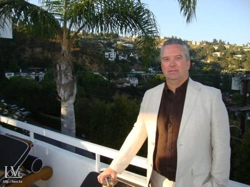 Jeff Hillary társkereső