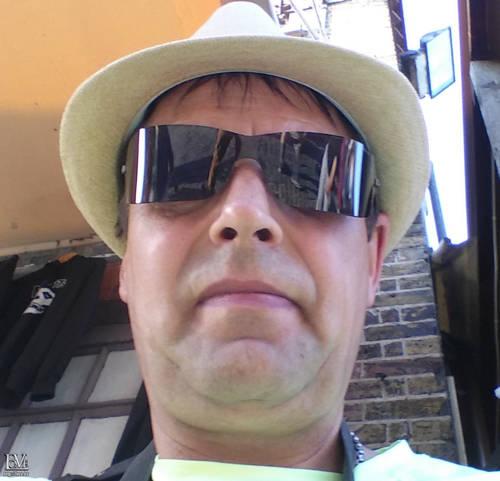 JohnWick társkereső