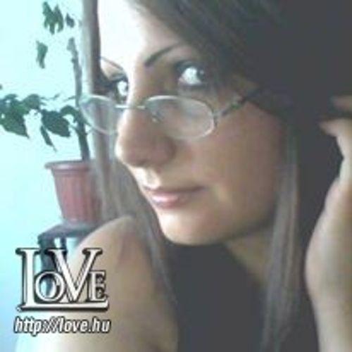 Loreleine31 társkereső