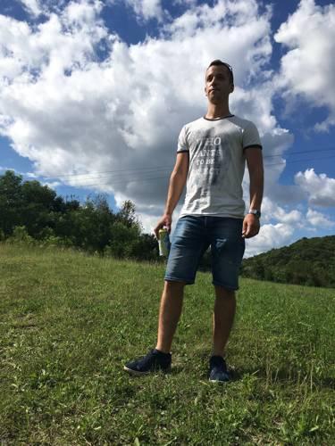 Dávid929 társkereső