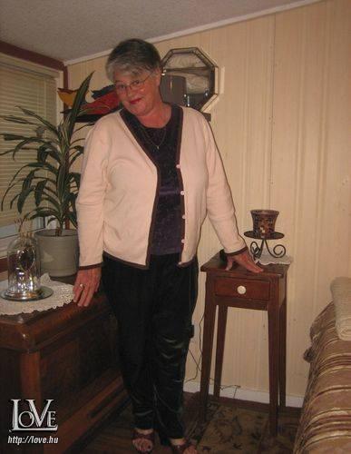 woman1956 társkereső