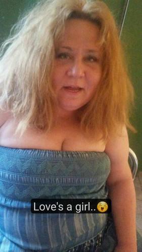Angienne társkereső