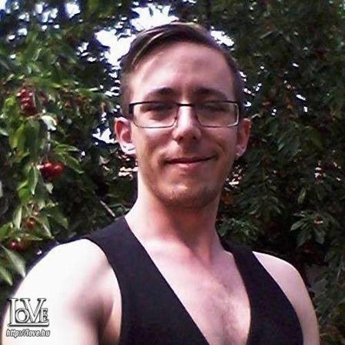 Tom8909 társkereső