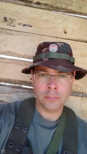 katonakavics társkereső
