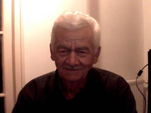 64 éves férfi keres nőt)